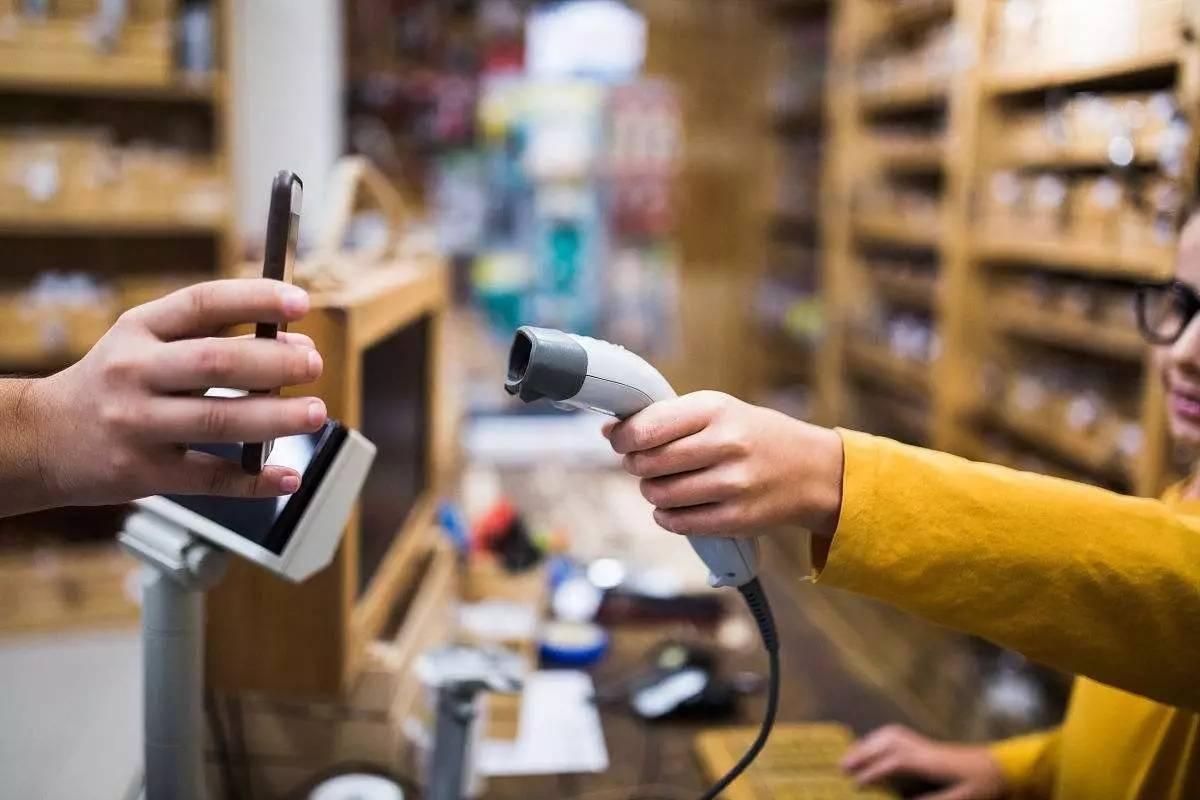 为什么小商贩都喜欢用微信支付,却不用支付宝?输在哪儿?