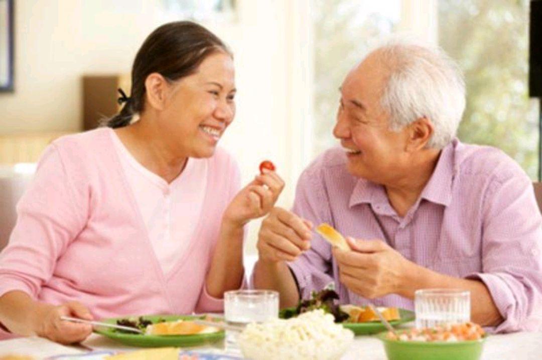 年龄大了要适当忌口:50岁之后,4种食物,能不吃就不吃#金猫榜#-今日新鲜事