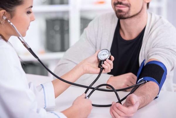 """高血压患者,饮食上要遵循五个""""注意"""",血压才好控制!-今日新鲜事"""