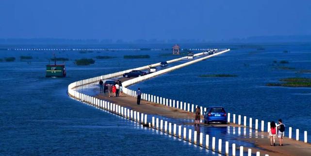 """江西鄱阳湖上的这个千年古镇,还有一条""""最美水上公路""""!#赣出精彩##金猫榜#"""