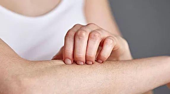"""内脏有癌,皮肤先知?不论男女,皮肤有这迹象,癌症已""""逼近""""-今日新鲜事"""