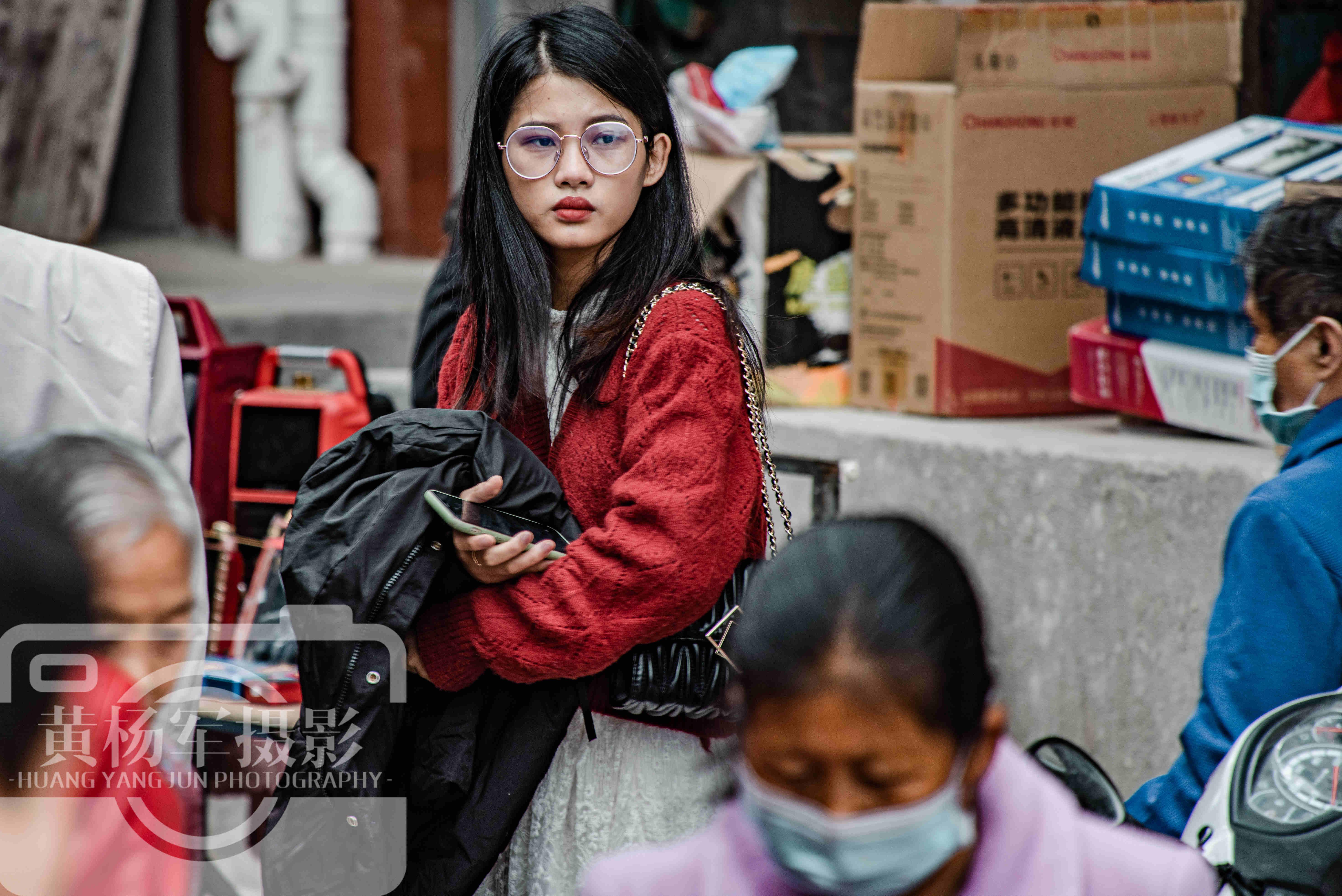 中国百万人口的纯客家县,面积占广东省的1.47%,赴圩场面很热闹