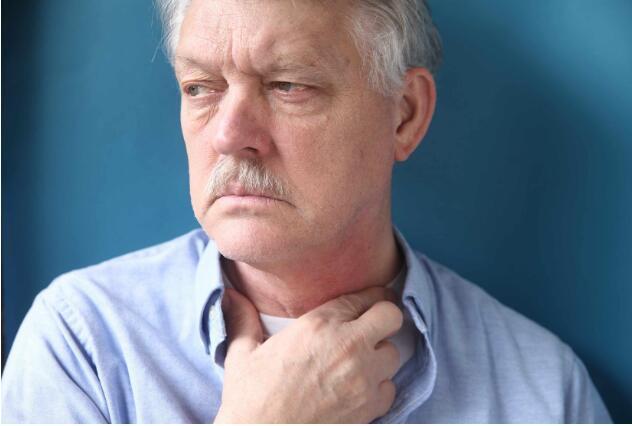 甲状腺有问题时,会引起这4个症状,很多人不自知,需了解-今日新鲜事