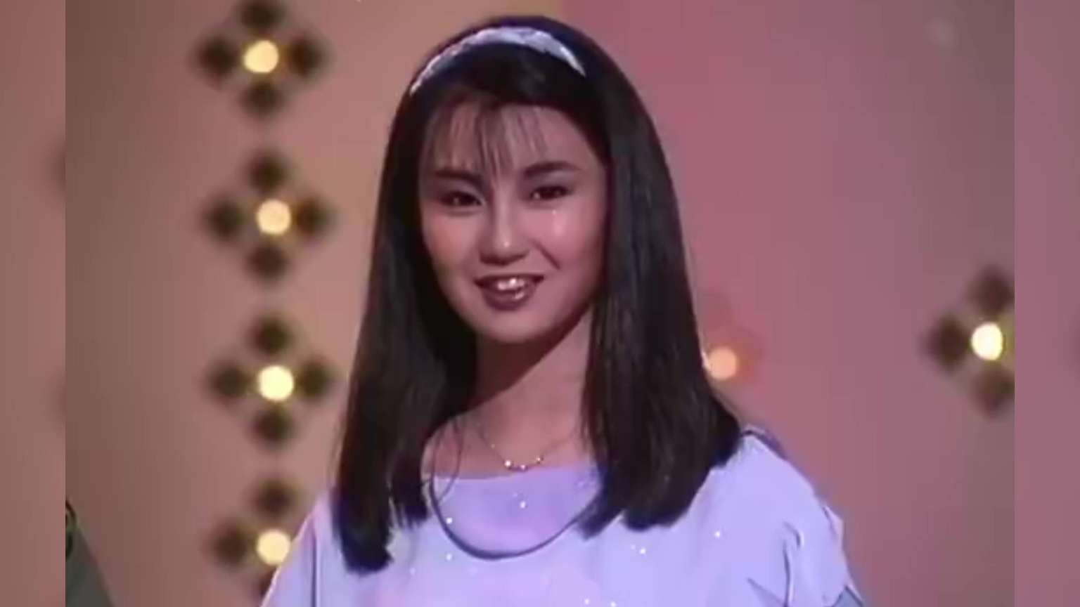 神仙颜值张曼玉18岁时的珍稀片段