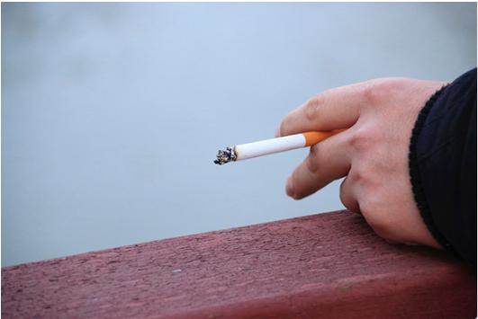 难道不抽烟不喝酒就一定能长寿吗?-今日新鲜事