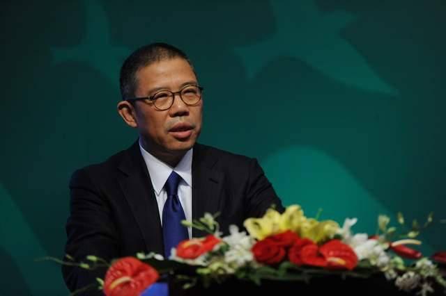 中国首富再换人!身价3500亿超过马云,因做新冠疫苗,股价涨20倍#金猫榜#