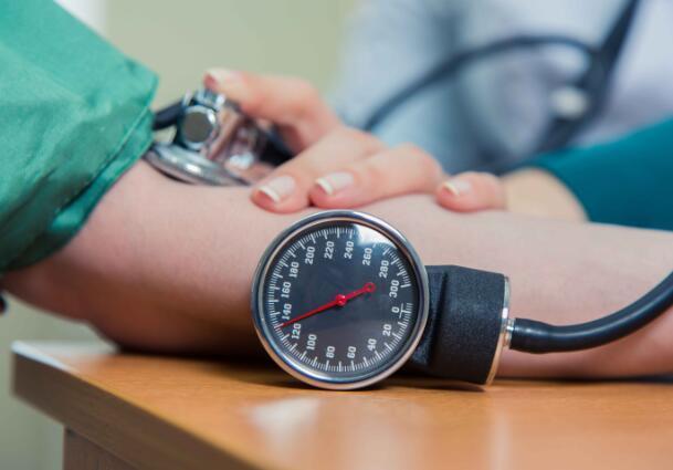 得了高血压,用药需谨慎,这5个误区不能犯,避免耽误病情-今日新鲜事