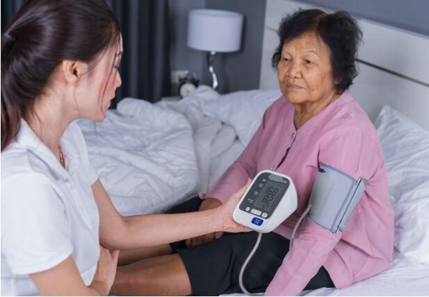 血压害怕这个时间段!不想血压飙升,此时务必做好7件事-今日新鲜事