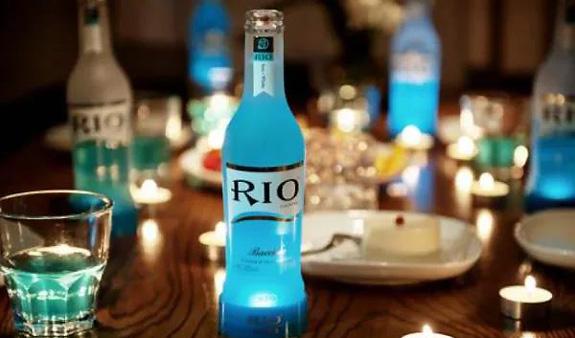 下坠的RIO,狂欢的低度酒