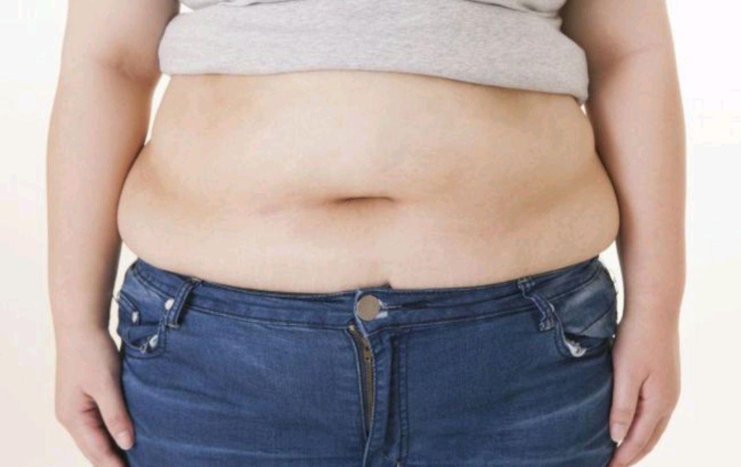 """""""越吃或越胖""""的5种素食,热量很高,想要瘦身成功,就要少吃#金猫榜#-今日新鲜事"""