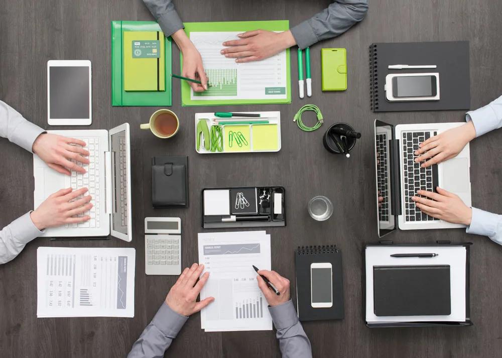 协同办公增长43.5%背后:格局分散、耦合难解?| 财智观察